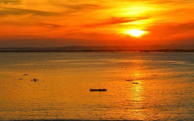 sunset dan sunrise di pantai pangandaran