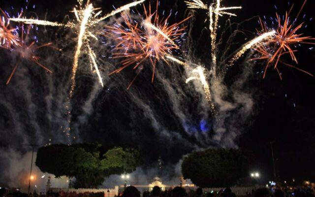 pesta kembang api di alun-alun utara yogyakarta