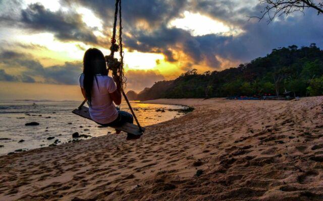 sunset di pantai ngliyep