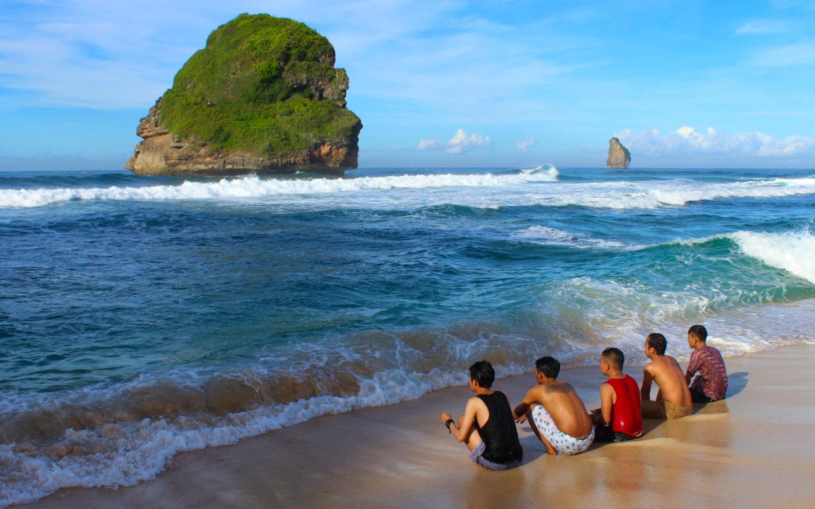 Pantai Goa Cina Tiket Ragam Aktivitas September 2020 Travelspromo