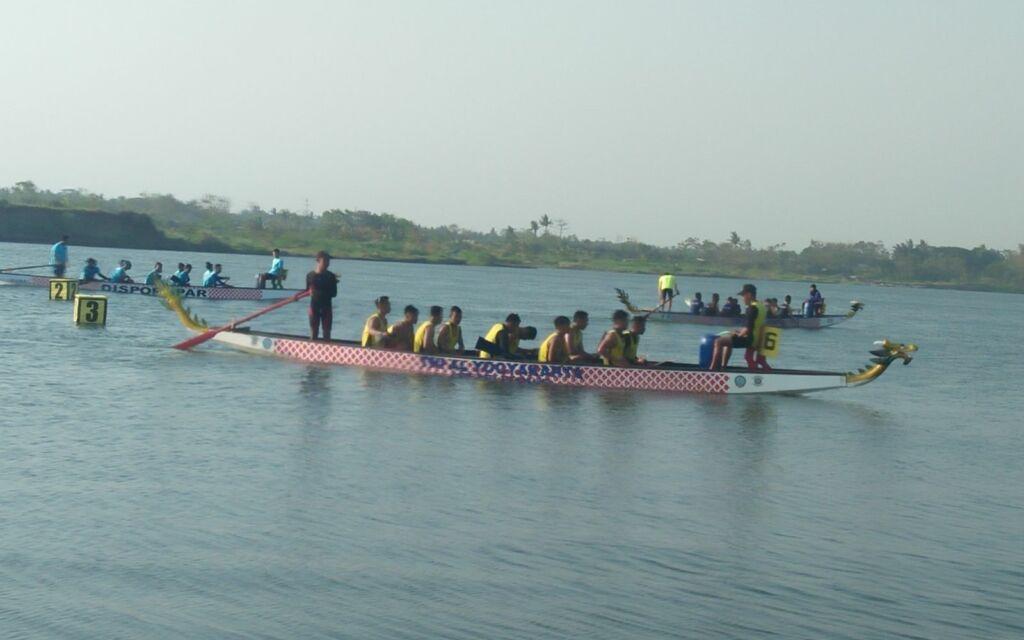 Festival Tahunan Perahu Naga
