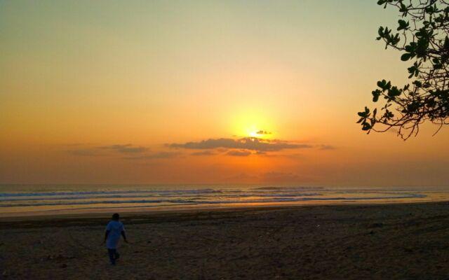 sunset di pantai trianggulasi