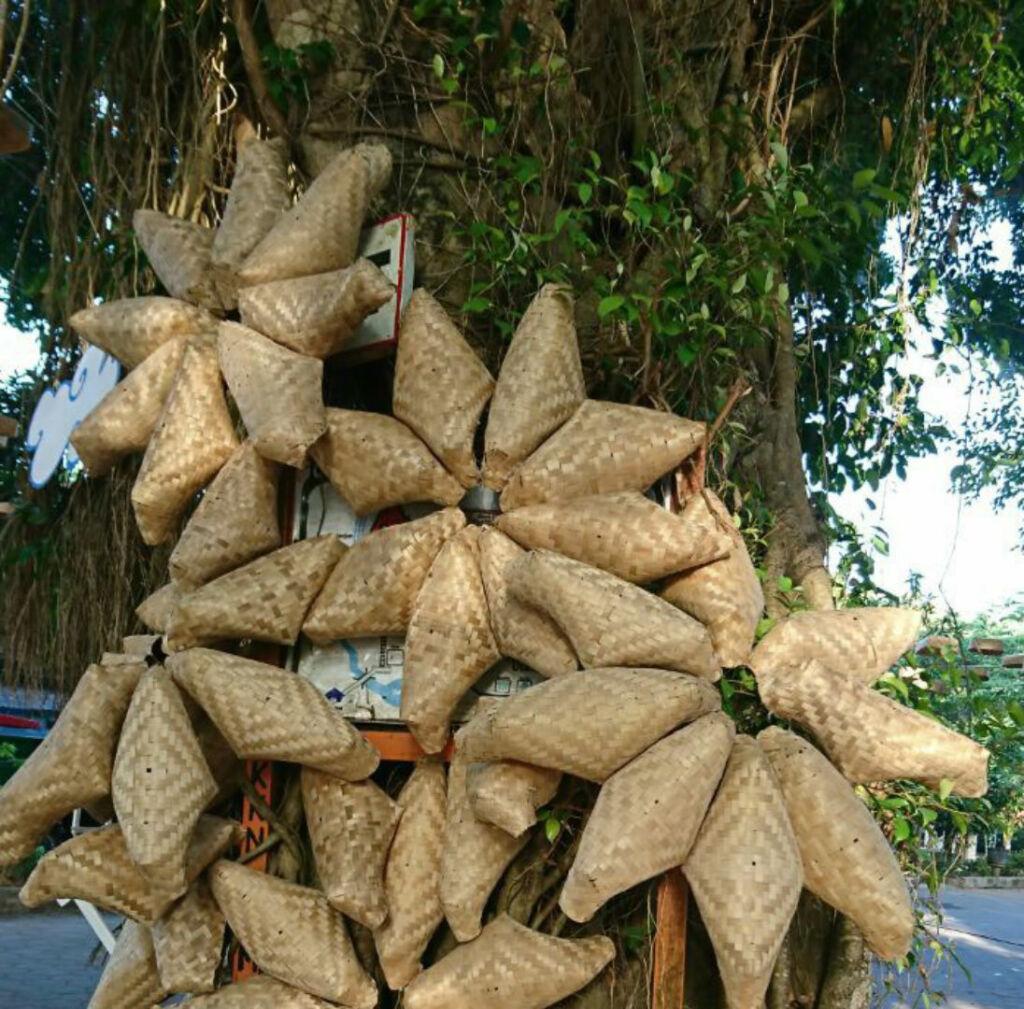 Kerajinan warga di sekitar Goa Selarong