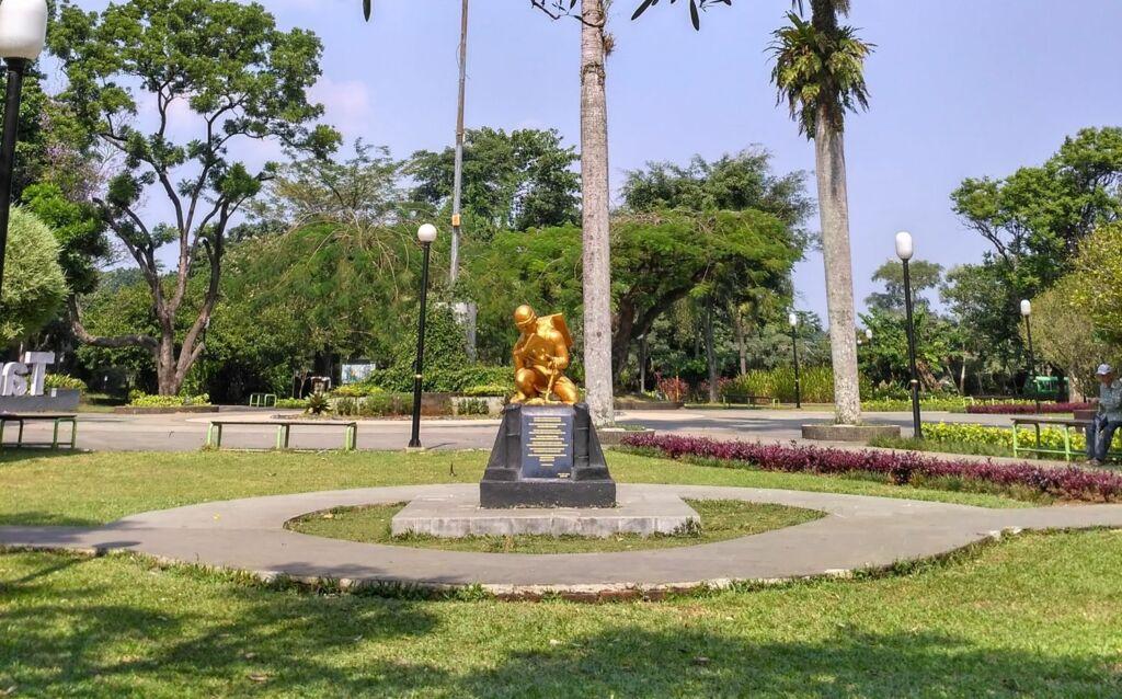 Patung Revitalisasi Sumpah Pemuda