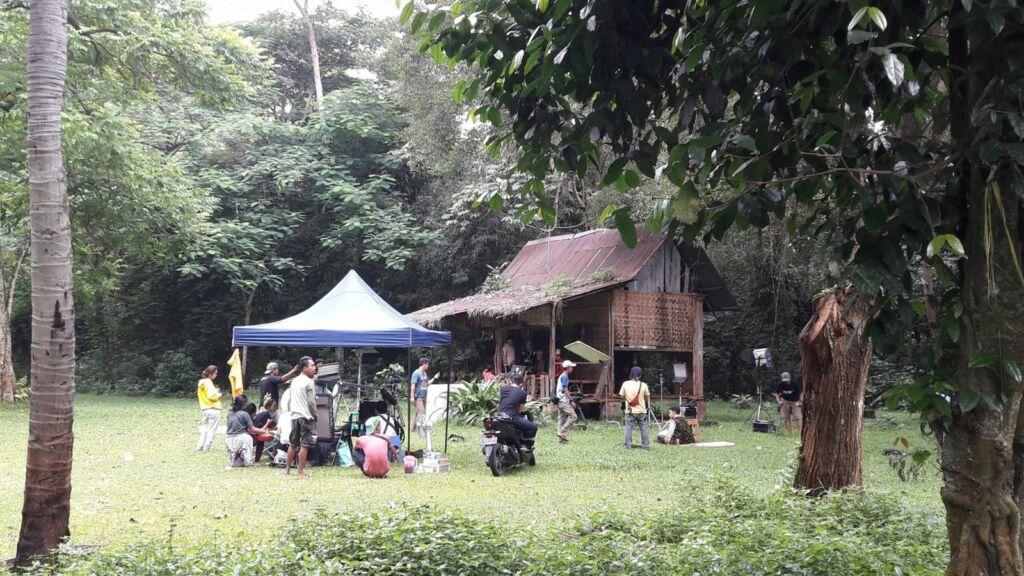 Suasana syuting di Studio Alam TVRI
