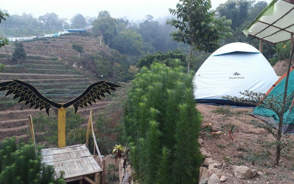 Spot foto di Terrace Landung