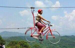 wahana sepeda gantung