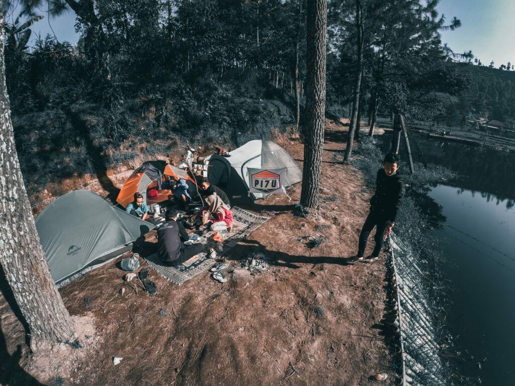 Camping di Telaga Madirda