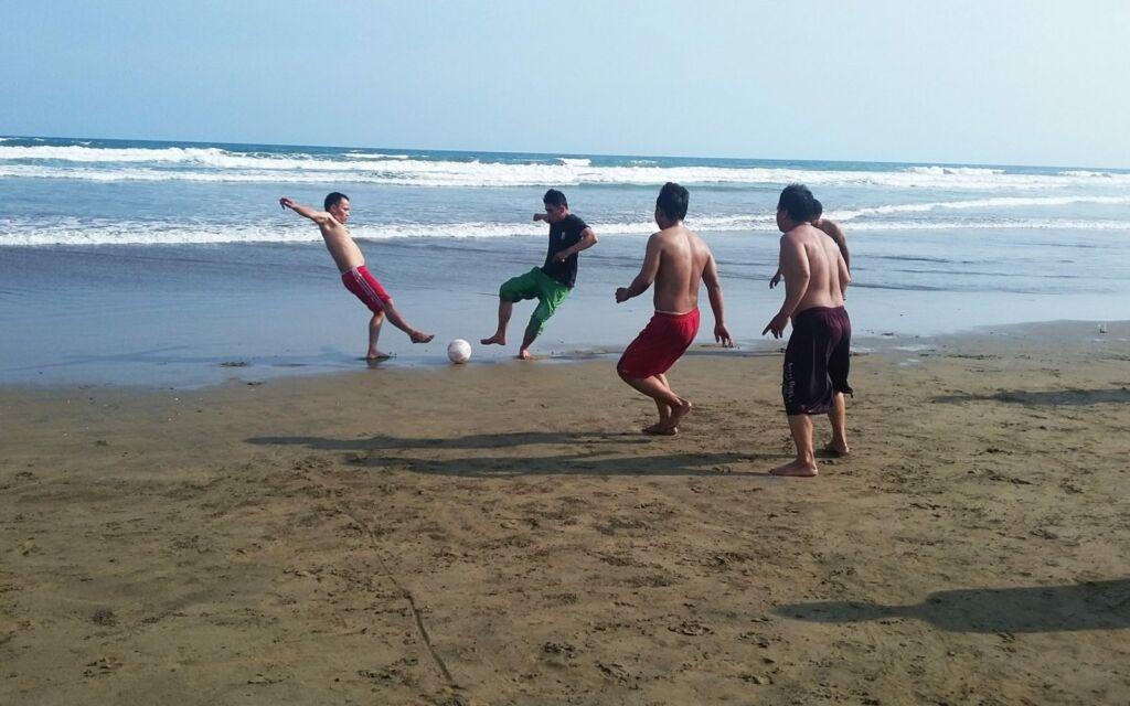 Sepak bola pantai