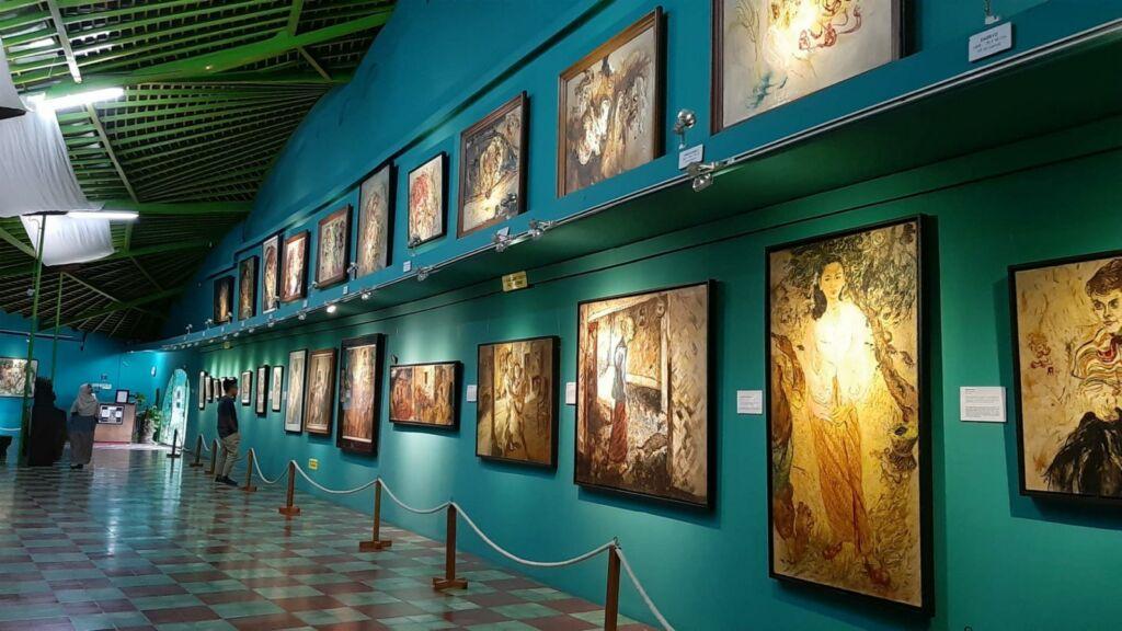 Lukisan yang ada di Museum Affandi