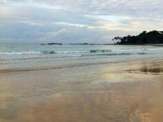 Pantai Legon Pari