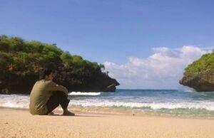 area pantai sedahan dengan pasir putih