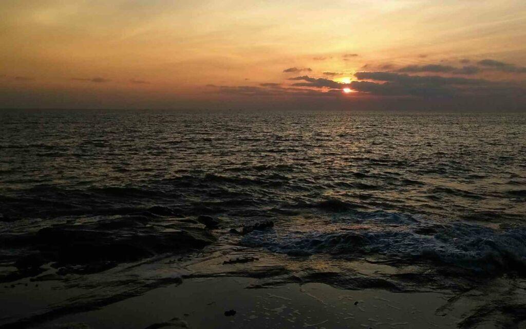 sunset di bentang portugis