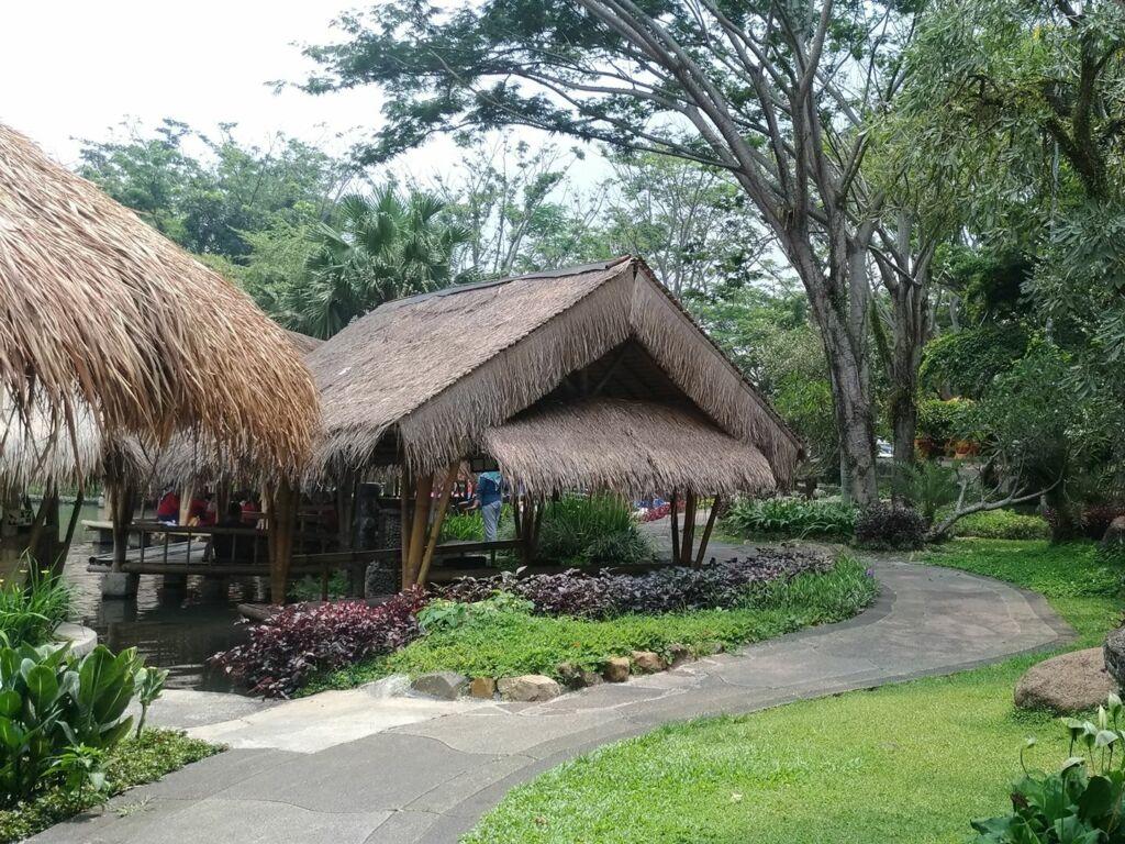 Barisan saung