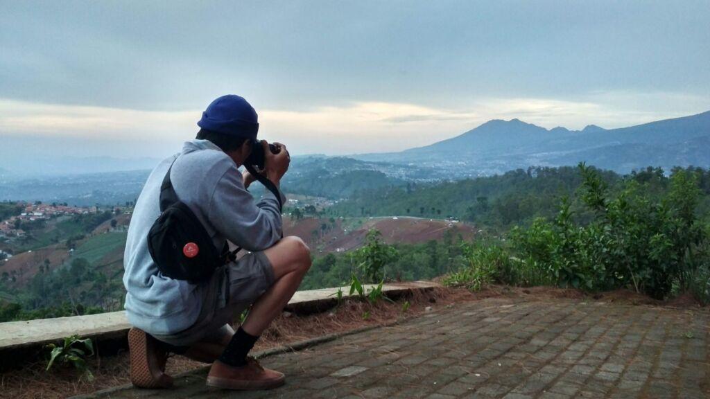 Caringin Tilu tempat wisata di Bandung yang menjadi incaran fotografer