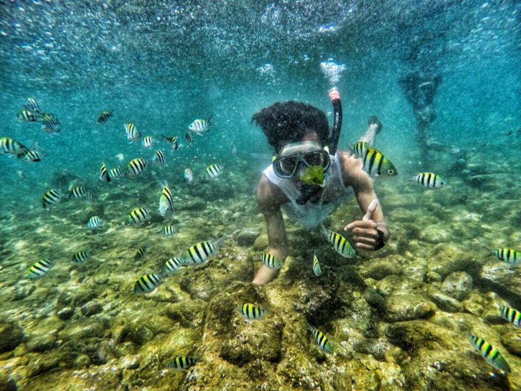 Snorkeling di Pantai Nglambor
