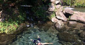 Berenang di telaga Sendang Geulis Kahuripan