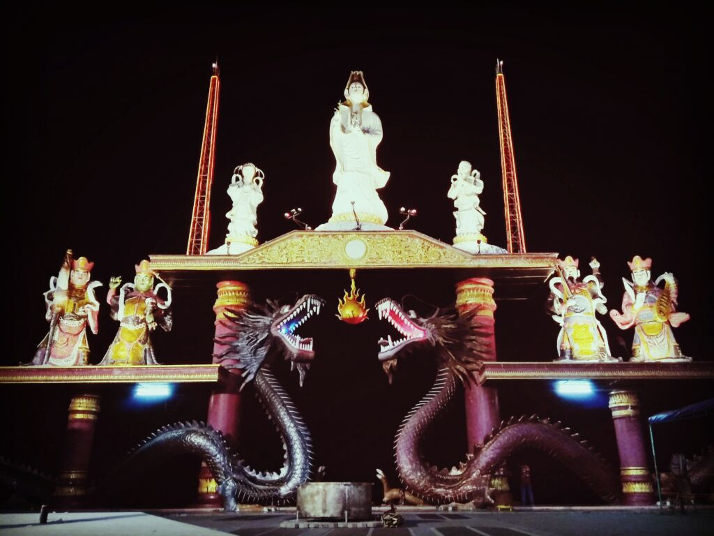 Gerbang Langit di Malam Haris