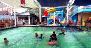 kolam renang paragon semi indoor
