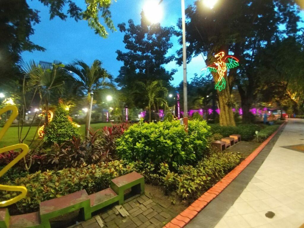 Taman Bungkul di Malam Hari