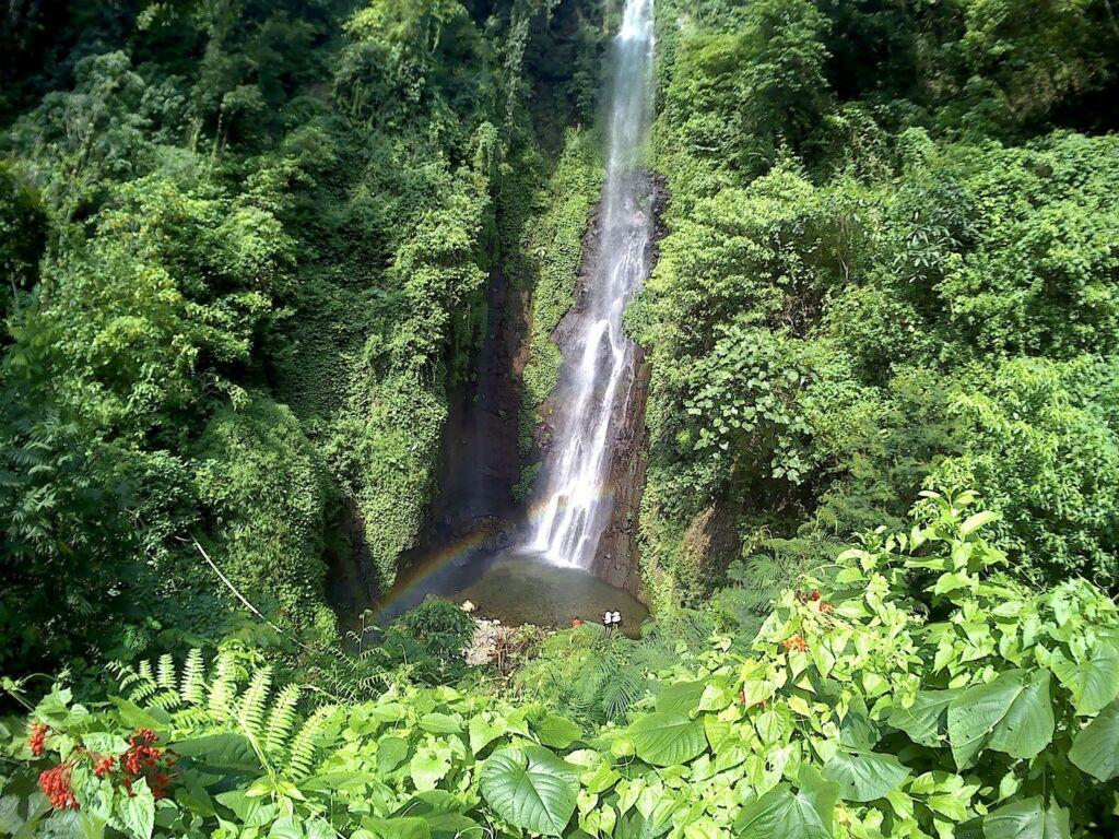 Air Terjun Putuk Truno Prigen setinggi 45 meter