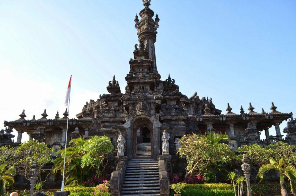 Bangunan Monumen Bajra Sandhi
