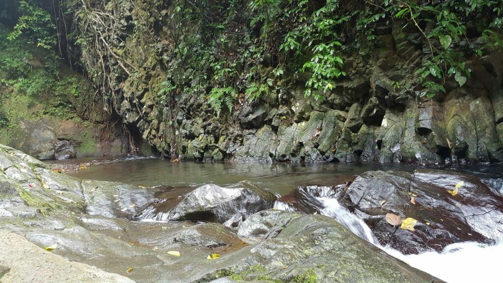 Jernihnya Air Kolam Air Terjun