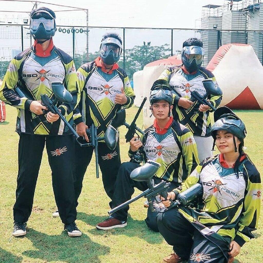 Membangun kerjasama tim dalam keseruan permainan Paintball di BSD Xtreme Park Tangerang Banten - bsdxtremepark