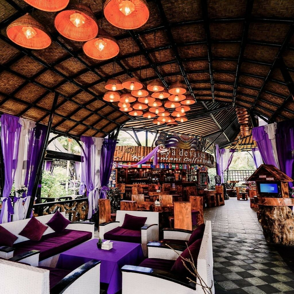 Menikmati cita rasa kopi khas Kintamani dan ragam varian lainnya di Coffee House di Toya Devasya Bangli Bali -toyadevasya