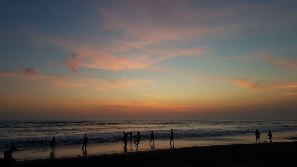 Senja di Pantai Berawa