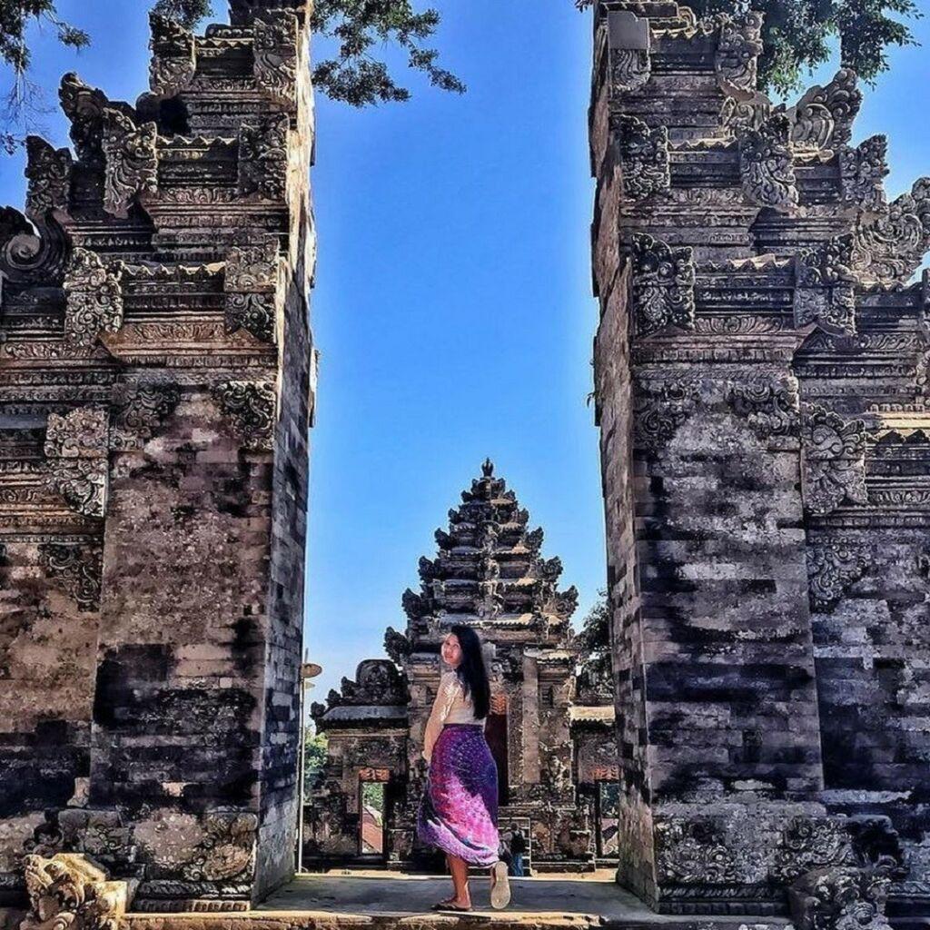 Setiap sudut area Pura Kehen Bangli Bali begitu khas untuk mengabadikan momen liburan - nathalie__ale