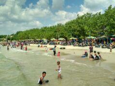 kawasan wisata pantai dalegan gresik
