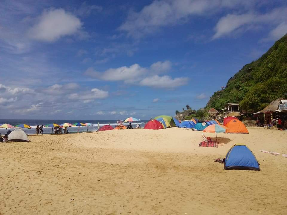 Pantai Pok Tunggal Gunungkidul Tiket Daya Tarik April 2021 Travelspromo