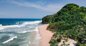 area Pantai Sanglen