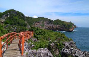 Pemandangan dari jembatan cinta