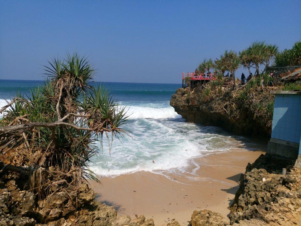 Pantai Ngobaran yang tenang