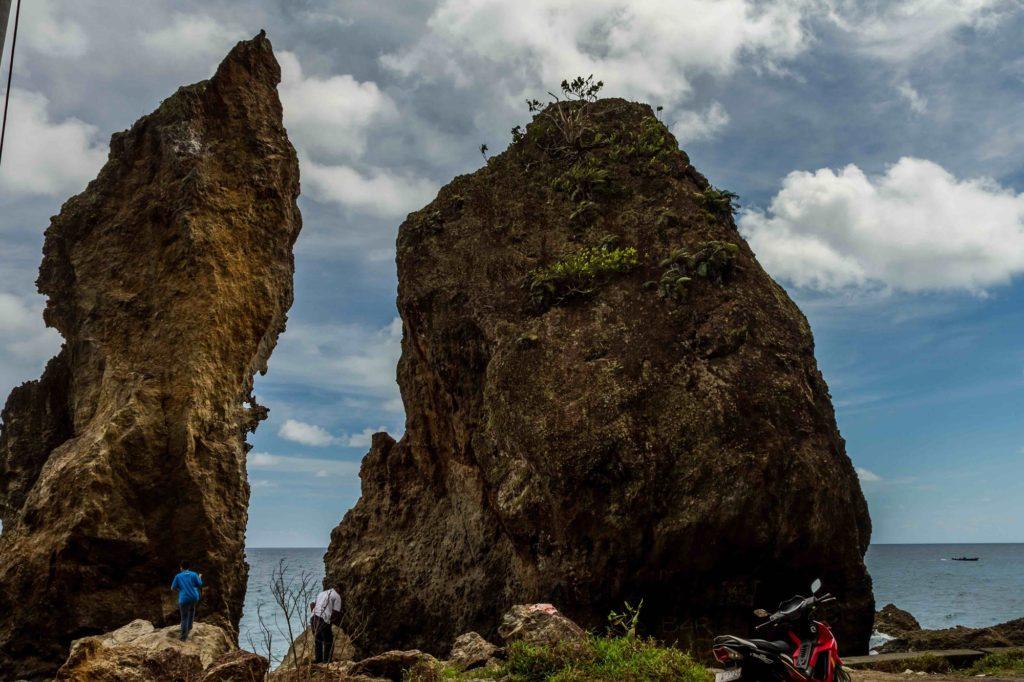 Batu Layar Maluku Tengah