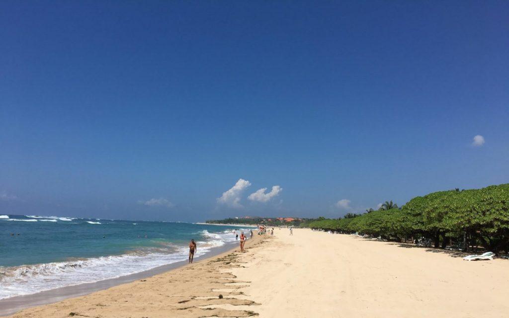 Indah dan Bersihnya Pantai Nusa Dua
