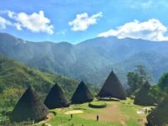 Desa Wae Rebo diapit pengunungan