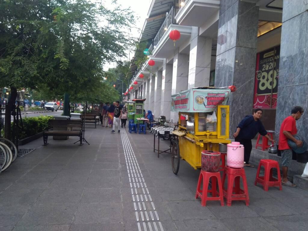 area wisata kuliner sepanjang jalan