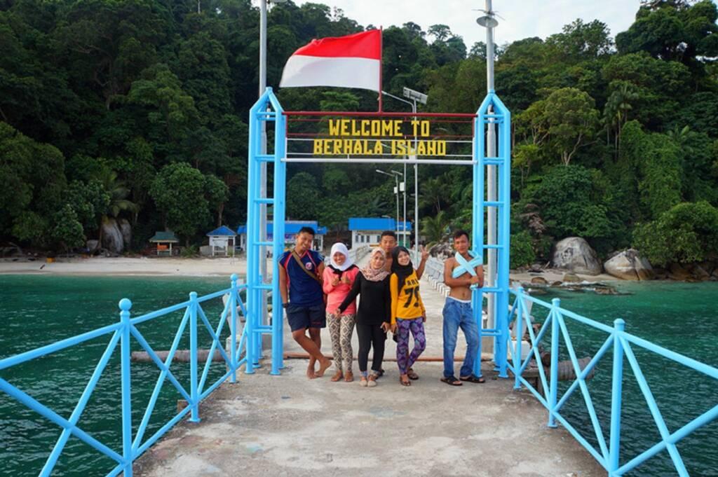 Pintu masuk Pulau Berhala Tanjung Jabung Timur Jambi - PUTRI SARI