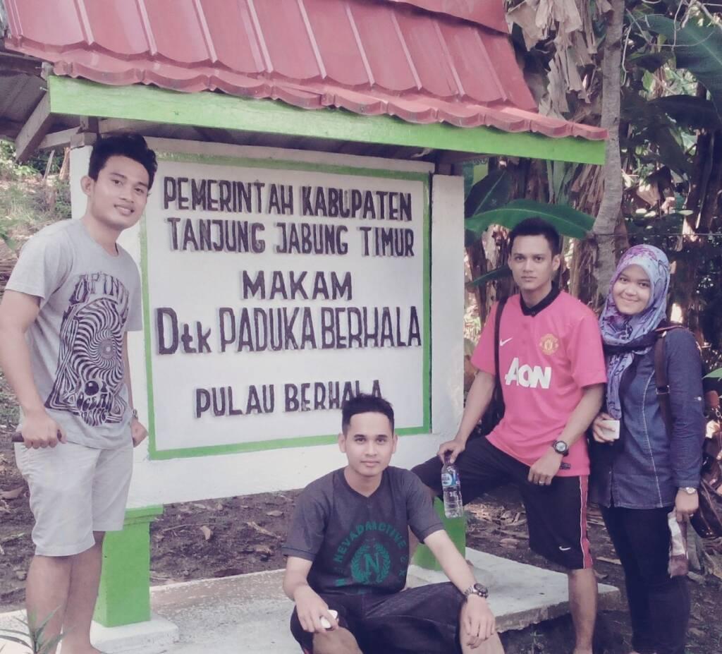 Situs makam keramat Datuk Paduka Berrhala