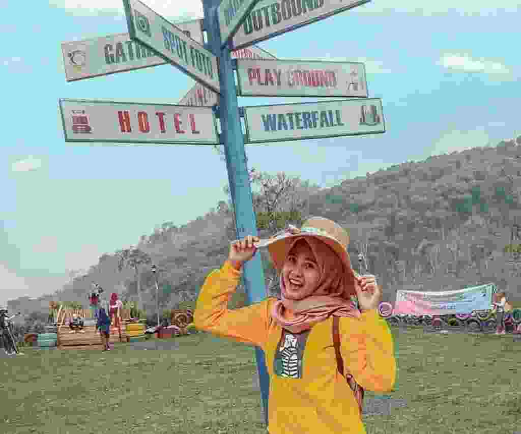 Duyung Trawas Hill Mojokerto Jawa Timur merupakan tempat wisata dengan wahana dan fasilitas bermain, outbond, dan refreshing pada satu tempat dengan panorama pegunungan -anaaastt_
