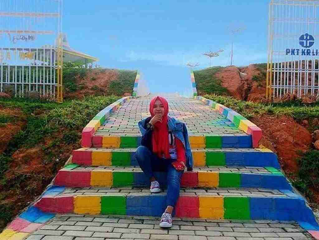 Taman Tematik di Kebun Raya Batam Kepulauan Riau - vhie_96