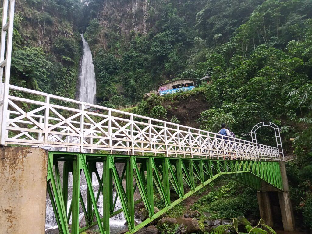 Jembatan sebagai Spot Foto Favorit Pengunjung