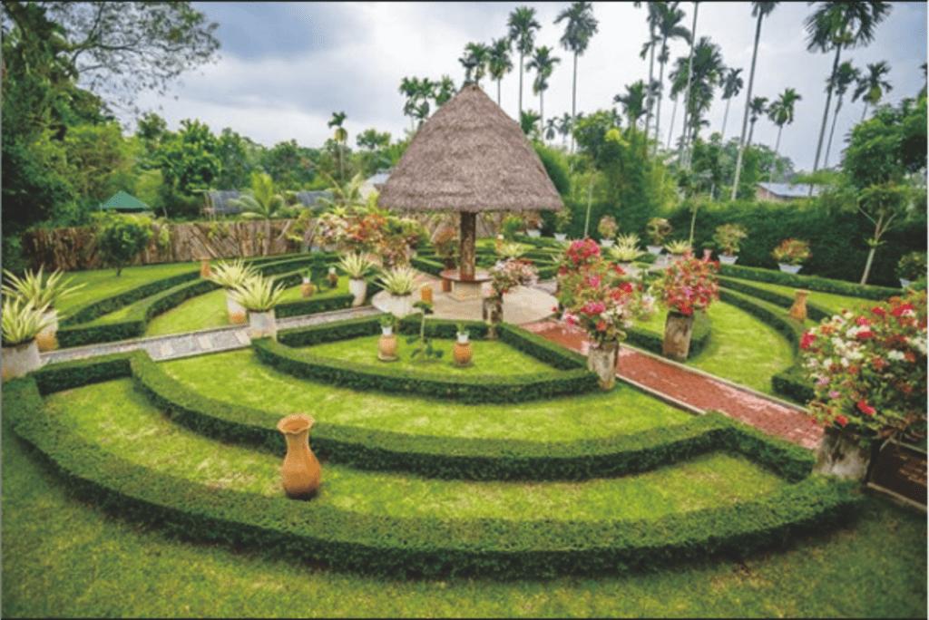 Potret Taman Bunga di The Lehu Garden