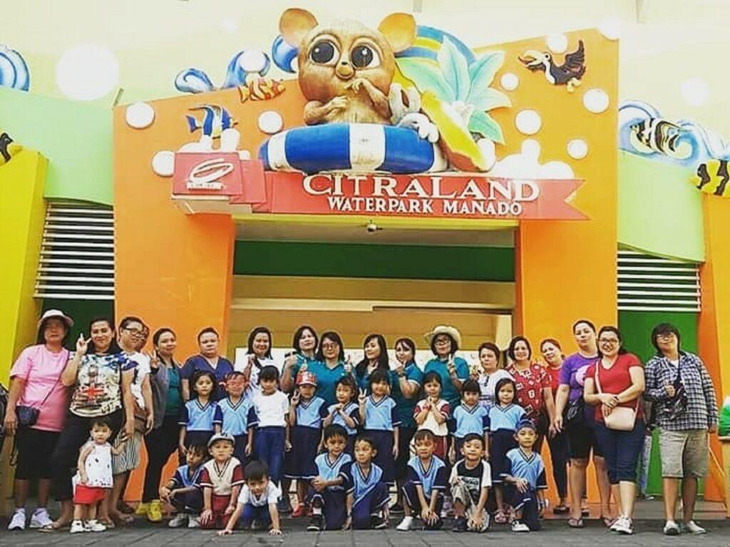 Wisata rombongan dari sekolah di Citraland Waterpark Manado Manado Sulawesi Selatan - citraland_waterparkmdo