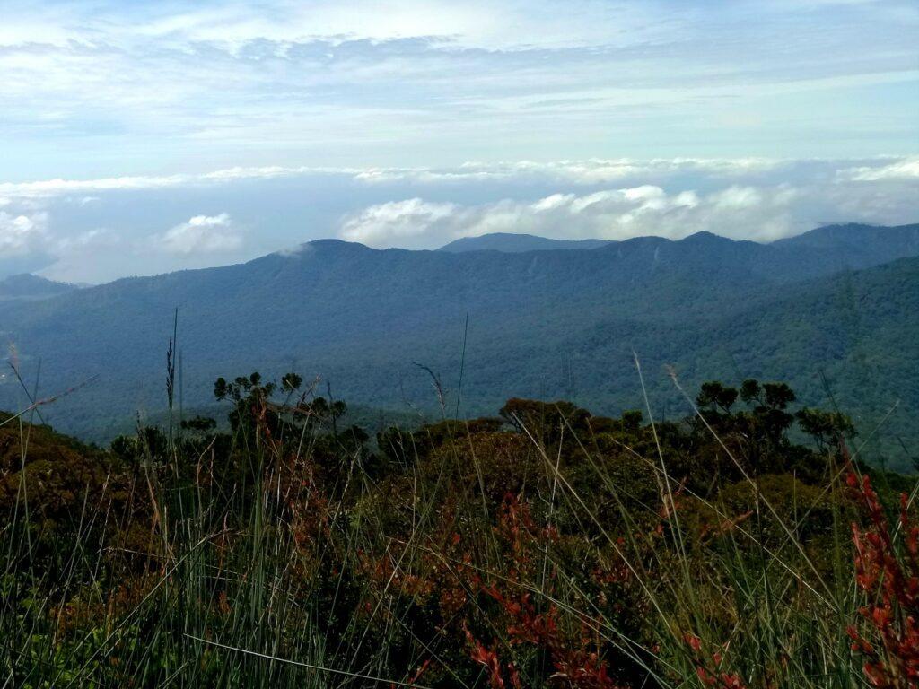 Bentang alam gunung sibuatan