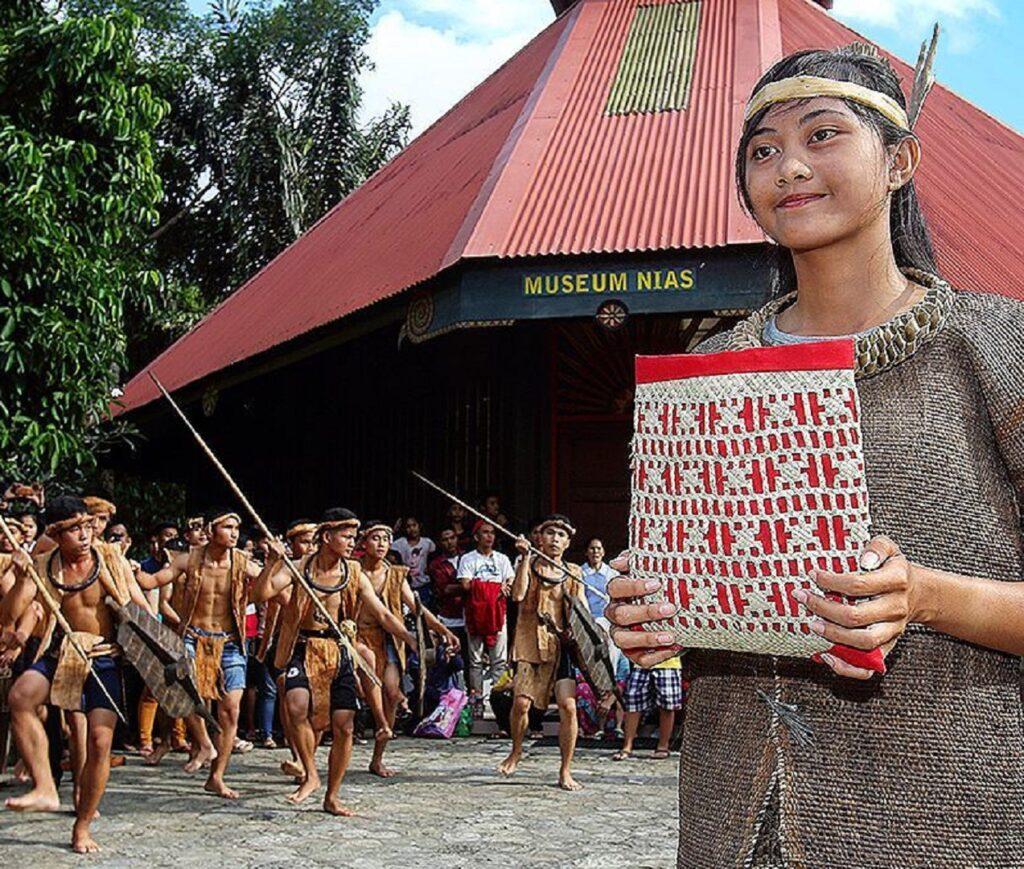 Museum Pusaka Nias Gunungsitoli Sumatera Utara - bjorn_tobewild