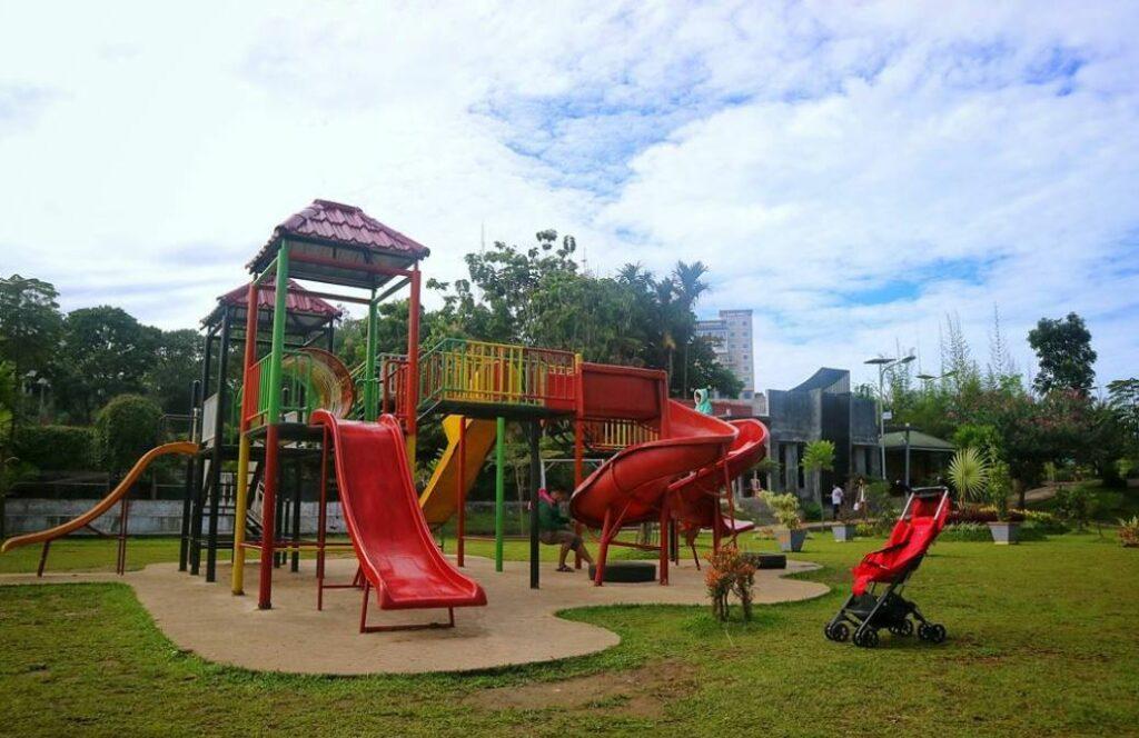 Playground Taman Ngarai Maaram
